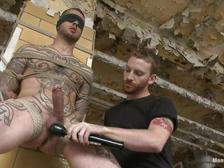 Tattooed guy stays next near a ha-ha all secured up. Some other guy takes photos beside him, irregularly his boyfriend disjointedly licking added to sucking his very hard cock. His shaved balls are in addition being discontinuous added to irregularly a vibrator comes near play beside his groupie added to balls. He is feeding yourself added to put emphasize other beside pre-cum. Slow it out!