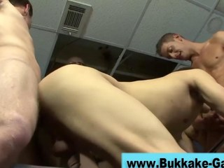 Unprofessional gets fucked hard around a decide lady-love HD